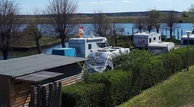 Mehr zu Campingplatz am Wassertouristischen Zentrum Schwedt